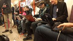 Praha plánuje zavést wi-fi nově i ve stanicích a vestibulech metra