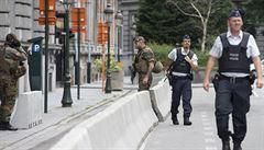Agresor z Charleroi žil v Belgii nelegálně, neměl však známé vazby na teroristy