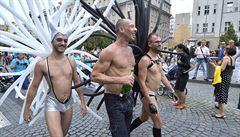 Průvod Prague Pride došel do cíle, na Letnou přišlo asi 40 tisíc lidí