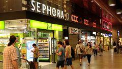 Italové obesílají nájemníky na hlavním nádraží: Vykliďte obchody, hrozí vám pokuta