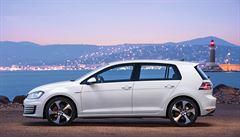 TEST AUTA: Dvě tváře kultovního Volkswagenu Golf. Sportovní GTI a ekologické GTE