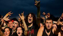 Němci utekli z domova důchodců, našli je na metalovém festivalu
