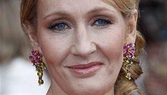 J. K. Rowlingová již není miliardářka. Čtyři miliardy totiž darovala charitě