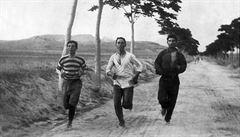 Při prvních maratonech prohnali atlety divocí psi, nejdelší běh trval 54 let