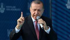 Turecko po teroristických útocích udeřilo na Kurdy v Iráku