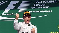 Rosberg vyhrál chaotickou Velkou cenu Belgie, snížil Hamiltonův náskok