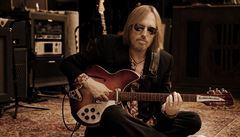 Zemřel Tom Petty, legenda světového rocku. Rodina rozhodla, aby jej odpojili od přístrojů