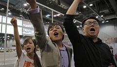 Smrt tyranii, volali prodemokratičtí poslanci v Hongkongu a komolili slovo Čína při přísaze