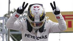 Vyrovnal Sennu a Fangia. Hamilton dominoval v Monze, zvítězil o půl sekundy