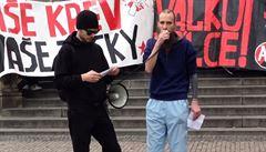 Soud pustil z vazby anarchistu Borla, podezřelého z pálení policejních aut