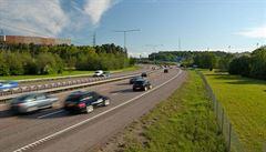 Nehoda na D1 zastavila provoz směrem na Brno. Čtyři lidé se při ní zranili
