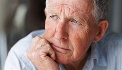 Exekutoři odmítají čísla ,sociálky'. Srážky z důchodů provádějí i pojišťovny či obce, brání se