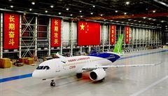 Naše první letadlo vzlétne letos, řekli Číňané. Chtějí dohnat Airbus a Boeing