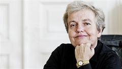 'Atomová lady' Dana Drábová: V lidech zápolí racionalita s emocemi