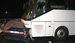 Nehodu v Zábřehu nepřežili čtyři lidé. Řidič auta zřejmě nedal autobusu přednost