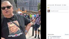 Demonstrant proti Prague Pride si oblékl triko s fašistou Tisem. V pořádku, rozhodla policie