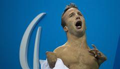 Česko má první zlato z paralympiády. Plavec Petráček ovládl 50 metrů znak