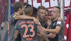 Kimmich rozhodl v závěru o těsné výhře Bayernu na hřišti Hamburku