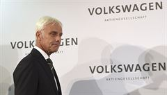 Šéf VW volá po konci státní podpory dieselu. Měla by jít do elektromobilů, říká