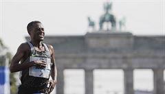 Bekele vyhrál Berlínský maraton v druhém nejlepším času všech dob