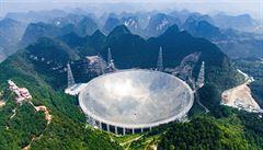 Čína bude hledat mimozemšťany. Spustila největší teleskop na světě
