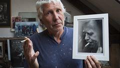 Havel 80: Mám doma jednu z posledních Václavových cigaret, říká sochař Oliva