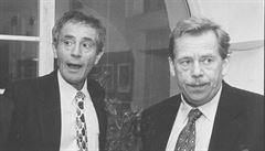 Havel 80: 'Ty jsi, Honzo, starrrrrý hygienik,' imituje Havla Tříska