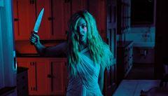 RECENZE: Neon Demon aneb Alenka v kraji divů a před zrcadlem