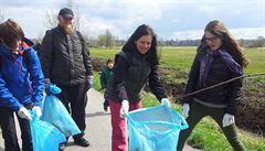 V sobotu se uklízí Česko. Tisíce dobrovolníků vyrážejí sbírat odpad