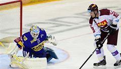 Hokejku používá Růžička jako zbraň: 'Mačetou' rozsekl svůj osud ve Spartě. Co bude dál?