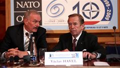 Havel 80: Havla znal i barman na pláži v Indonésii, říká senátor Sobotka