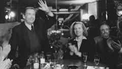 Havel 80: Kdyby Havel neměl chyby, byl by monstrum, říká autor neonového srdce David