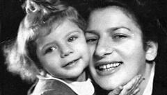 Děti v transportu smrti. Britská spisovatelka pátrala v Česku