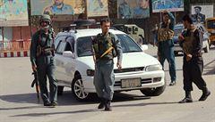 Taliban koordinovaně zaútočil na afghánské město Kundúz. Je slyšet střelba