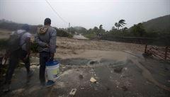 Hurikán Matthew přešel přes Haiti a Kubu, zabil nejméně 11 lidí