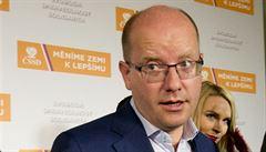 Sobotka nechce přísnější sankce proti Rusku. Zachoval by jejich současnou podobu