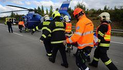 Nehoda na D1 zastavila provoz na Prahu. Devět zraněných, zasahovaly tři vrtulníky