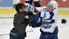 Sparta selhala v Litvínově, Kometa ve vypjatém utkání smetla mistra a vrací se do čela
