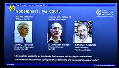 Nobelovu cenu za fyziku mají tři Britové za výzkum v topologii hmoty