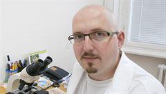 Homeopatie je instantní placebo, říká lékař Jaromír Šrámek