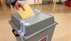 Mladí vědci chtějí konečně 'pořádný volební průzkum', vybírají na něj online