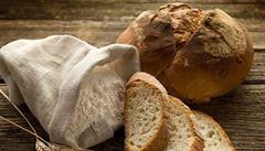 Chleba vyrábíme příliš lacino. Tlačí nás k tomu řetězce, stěžují si pekaři