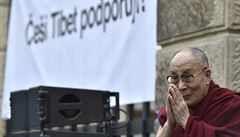 Malé dvoutvářné země by měla vláda potrestat, reagují Číňané na návštěvu dalajlamy v Česku