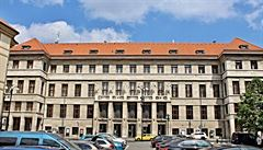 Lidé každý rok pražské knihovně věnují tisíce vyřazených knih z vlastních sbírek