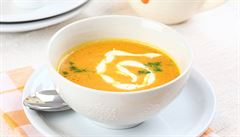 Co jíst při nachlazení? Pomůže polévka, grog nebo ústřice