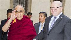 Reakce na dalajlamu servilní nebyla, Herman nedodržel dohodu, řekl Zaorálek