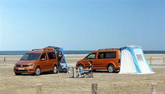 TEST AUTA: Pojízdný stan VW Caddy je auto pro dobrodruhy. Má vestavěnou postel