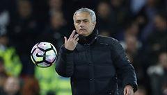 Mourinho chce s United vyhrát tři trofeje. A s 'Rudými ďábly' prodloužil smlouvu