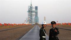 Čínský rekord: nejdelší pobyt čínských astronautů ve vesmíru. Měsíc testovali lékařské experimenty