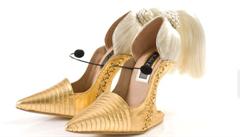 Boty pro Lady Gaga či Fergie. Izraelský návrhář tvoří extravagantní kousky